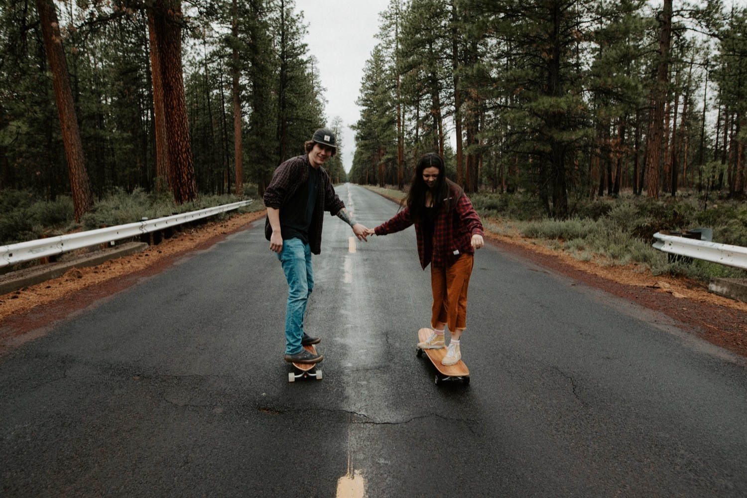 19_Sisters_Oregon_Adventure_Session-23_Oregon_couple_engagement_Bend_adventure_Photography_PNW_longboard.jpg