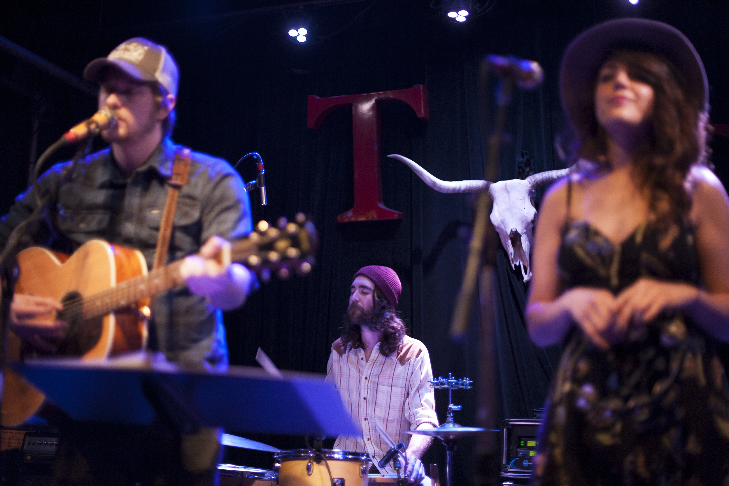 Old Coast Live at Tractor Tavern