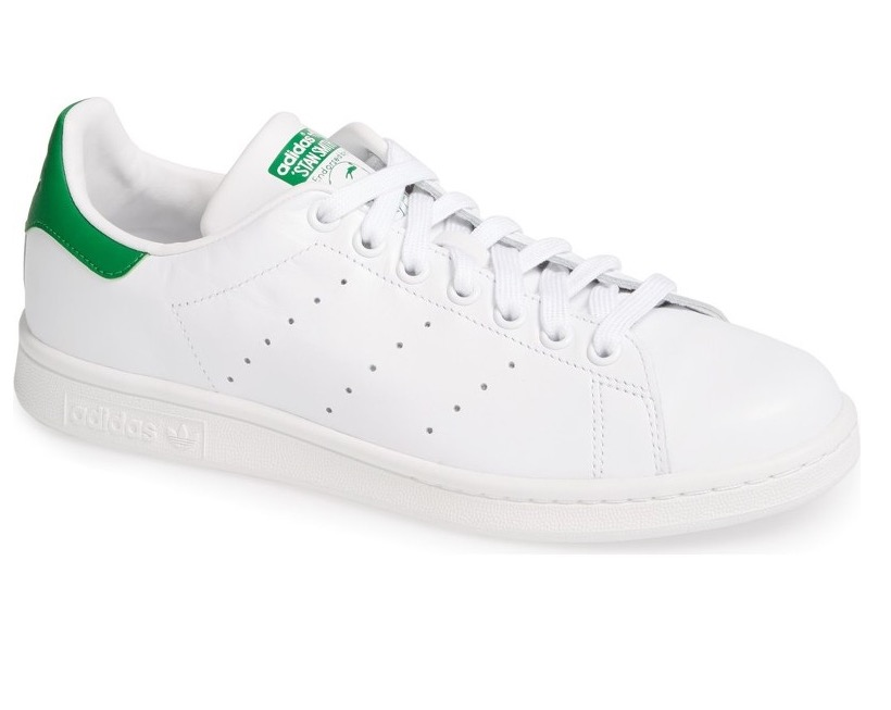 Stan Smith ADIDAS are a classic --- and I love them! They're comfy, casual and super cute. Perfect for chic moms on the go.  SHOP THESE SHOES  HERE