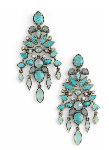 These Kendra Scott 'Aryssa' statement earrings are so fun! They come in several colors, and again... can't beat this price!  GET THESE EARRINGS  HERE