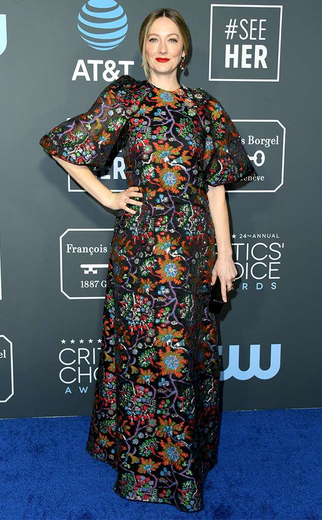 https://akns-images.eonline.com/eol_images/Entire_Site/2019013/rs_634x1024-190113150259-634.Judy-Greer-critics-choice-awards-2019.jpg