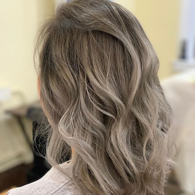 In 2019's New Spring colors of fashion!! #japanesecolor #japnesesalon #defi #boston
