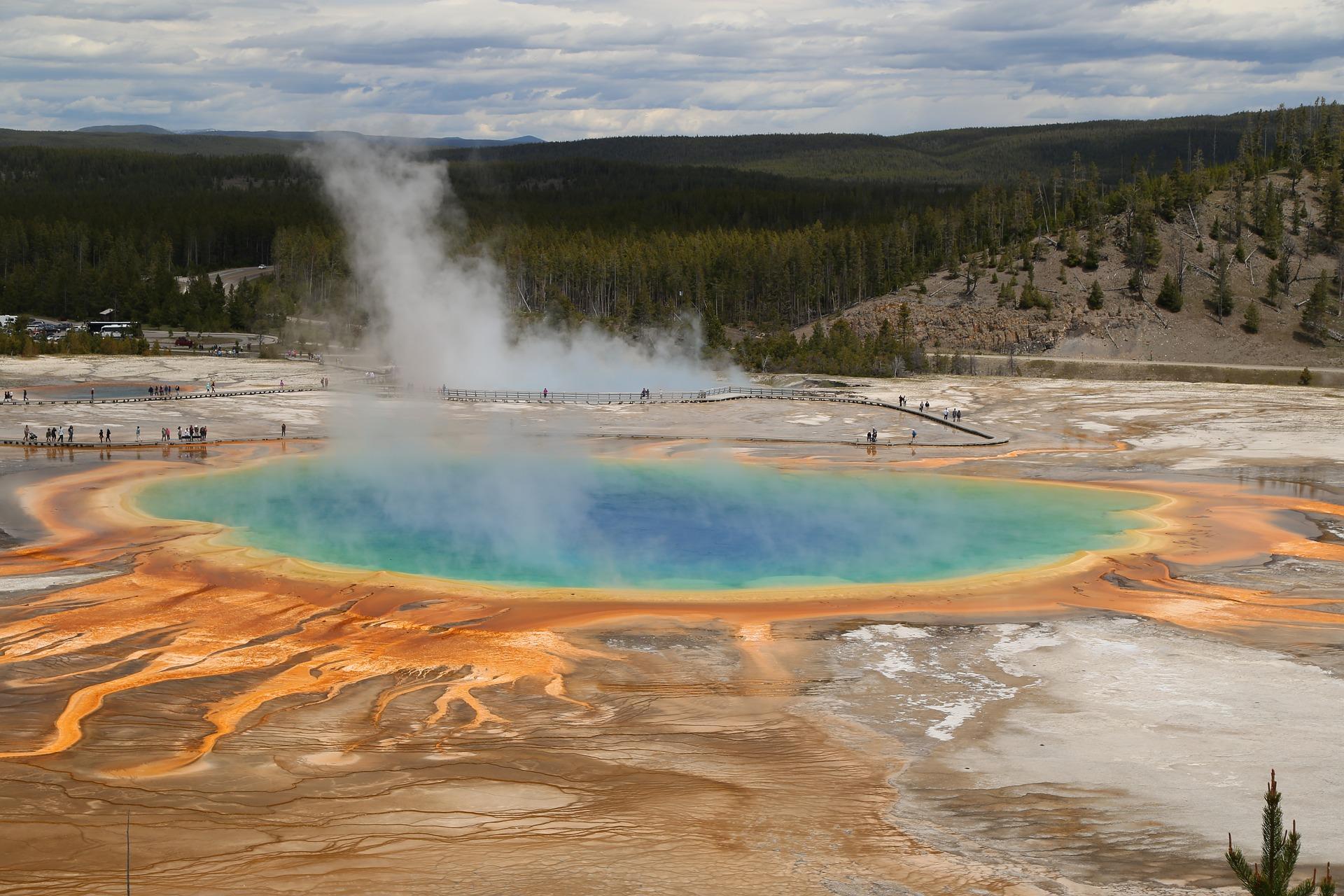 YellowstoneNationalPark_CreativeCommons.jpg