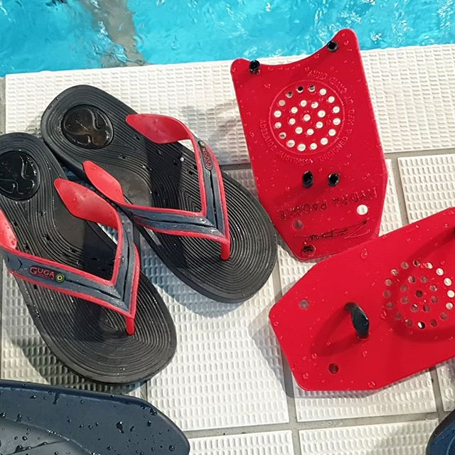 When you forget your paddles and have to use your jandals, only in New Zealand!  #coach #triathlontraining #triathlon #tricoach #swim #motivated #swimcoach #swimming #tri