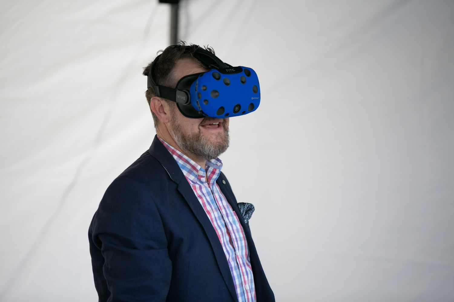 Paul Kitching using VR headset_Web.jpg