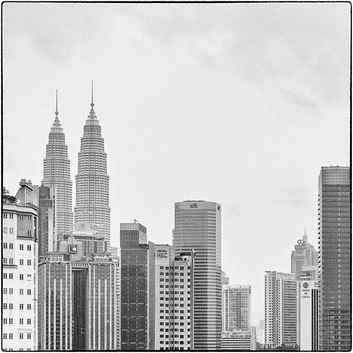 Kuala Lumpur Petronas Twin Towers.jpg