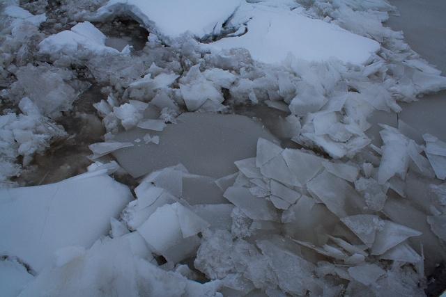 iceflow-4-2011.jpg