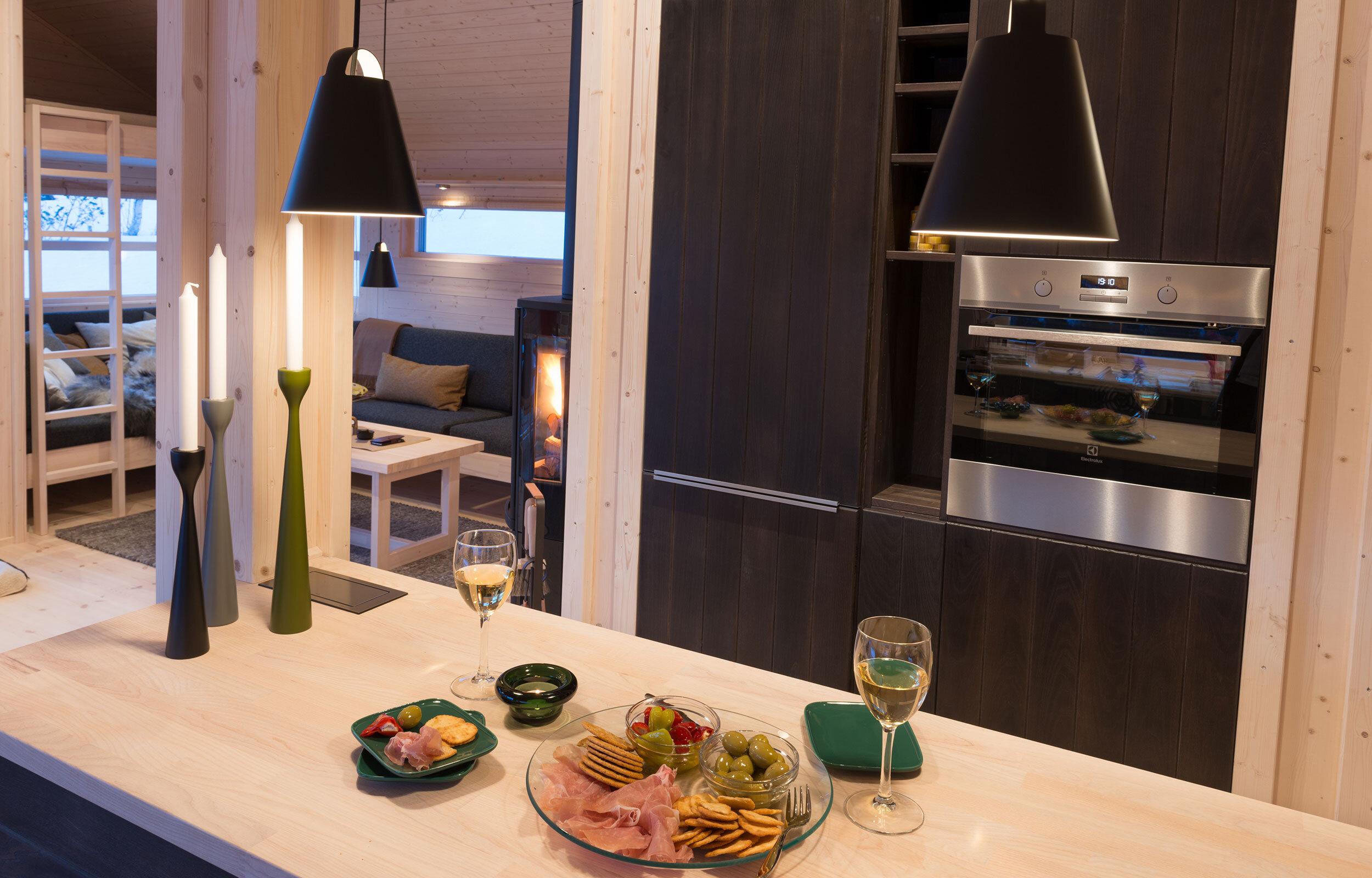 Tapas-på-kjøkkenøy_SVA9652.jpg