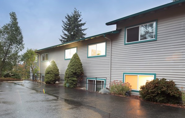 10505 SE Cliff Pl #C, bellevue $500,000 2 bed, 1.75 bath, 990 sq ft
