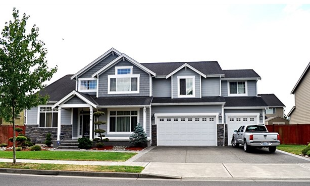 2416 13th Ave NW, Puyallup  $355,500 4 bed, 2.5 bath, 3228 sq ft