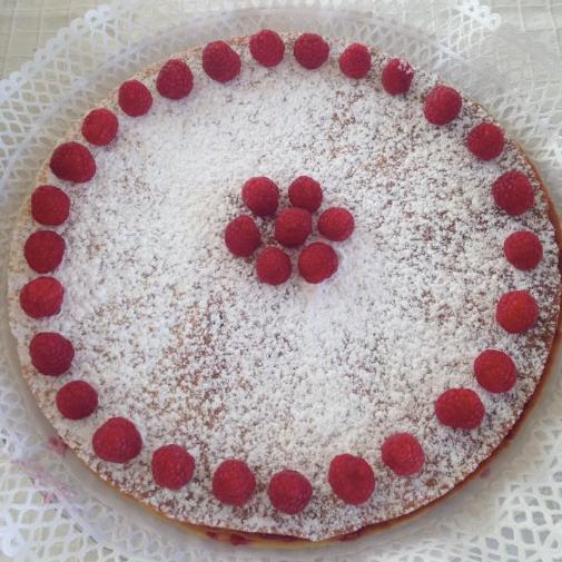 BLATTERTARTE - L'incontournable et unique tarte-mille feuilles à la framboise… une valeur sûre !Luz / 968 098 201