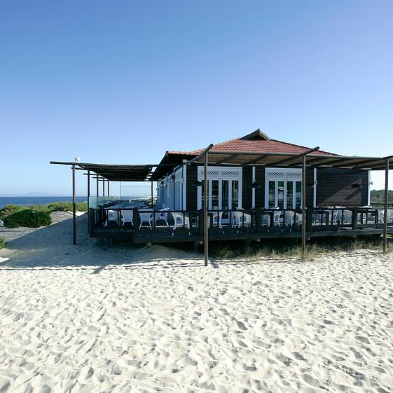 LA + ISOLÉE : SAL   ❤️ AUDE ❤️    OPEN - 15 février / 15 de fevereiro - week-ends ONLY     Praia do Pego, Carvalhal, 7570-783 / 265 490 129