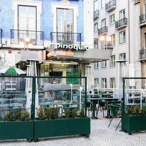 PINOQUIO     La plus touristique     A mais tur   í   stica     Lieu temporaire / lugar temporário :    RUA DE SANTA JUSTA 54, 1100-485 LISBOA / 21 346 5106 / normalemente Praça dos Restauradores 79, 1250-188 Lisboa