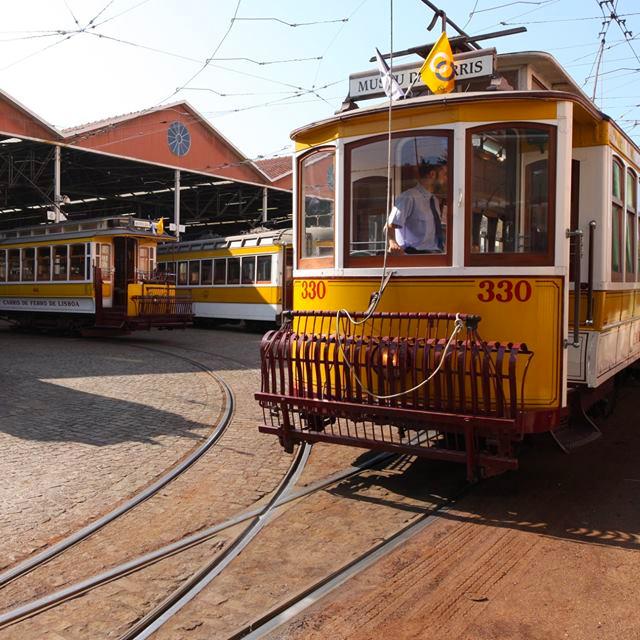 sweetlisboa-electrico-tramway.jpg