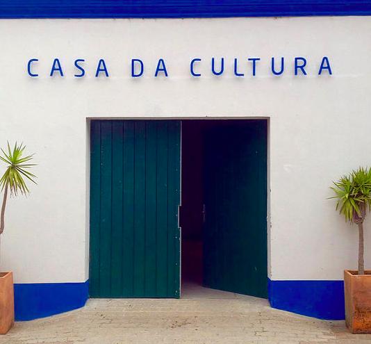 CASA DA CULTURA     On y retrouve des échantillons du savoir-faire portugais. Attention vérifier les horaires !    Podemos encontrar amostras do saber fazer português. Cuidado, verifiquem os horários !    Espaço Comporta, Loja 1, EN 253-1, Km 1, 7580 - 610 Comporta Portugal / 265 497 514