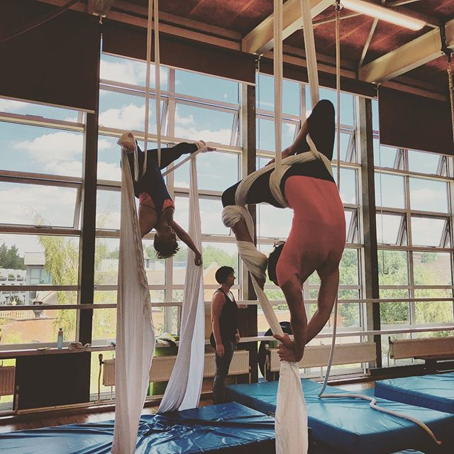 Absolute beginners silks class wednesdays 8.15-9.15pm. We use silks loops and lots of tips and tricks to get students started on silks. Very small personalised classes!