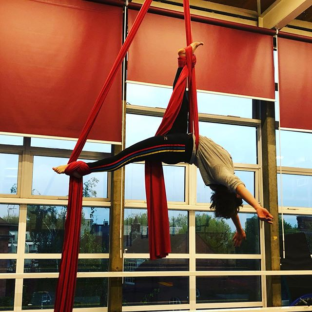 Aerial Conditioning 7.15-8.45pm tonight with Michal leading Conditioning on Silks, Rope, Trapeze, Straps, Hoop and the floor.  Stretch and flex to finish. We are minutes walk from Archway station in North London. £10off the first class!