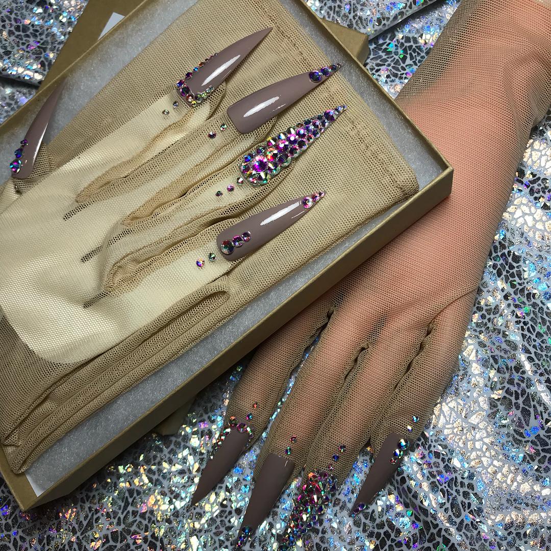 Nails 4 Queens - Ava Fierce