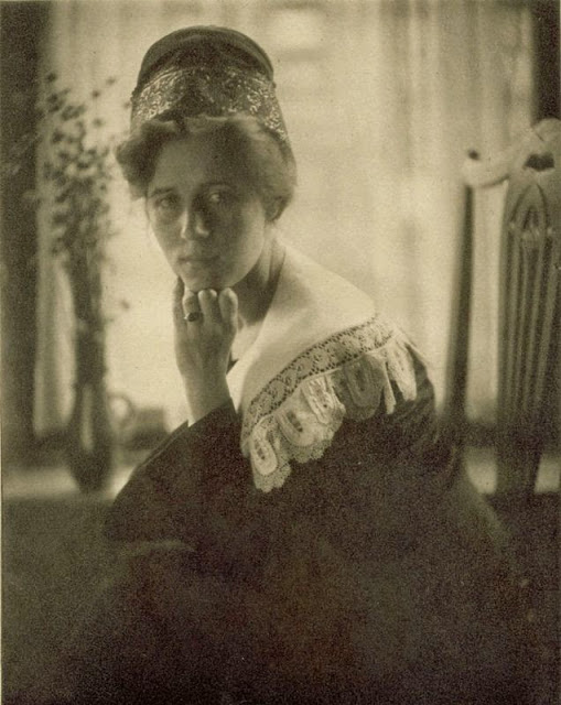 Danish Girl , c.a. 1909