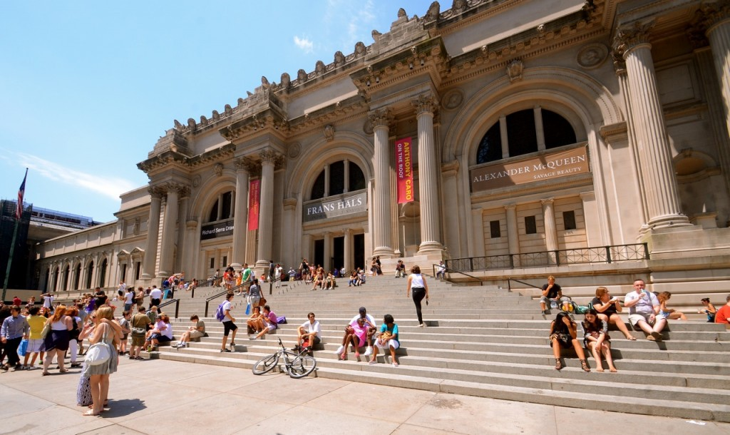 Met Museum New York.jpg