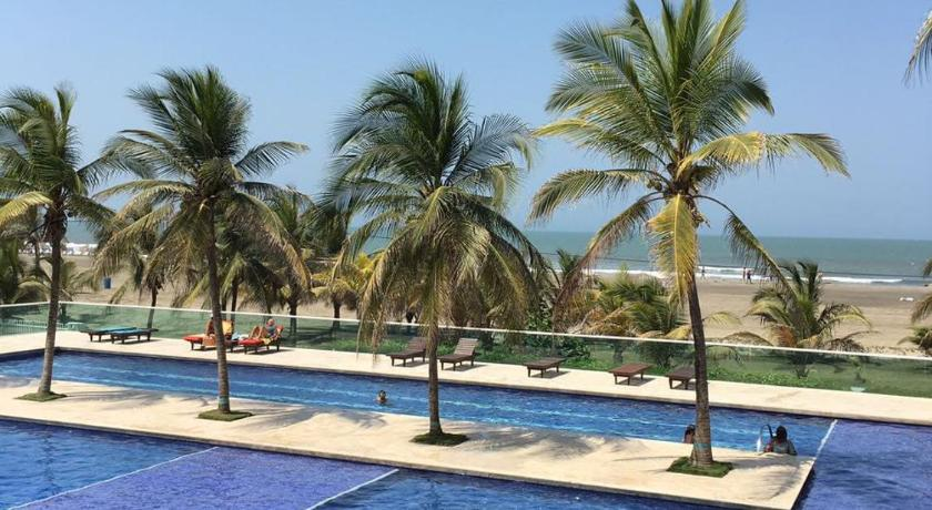 Beach views from the plush swimming pool of our La Boquilla AirBnB.