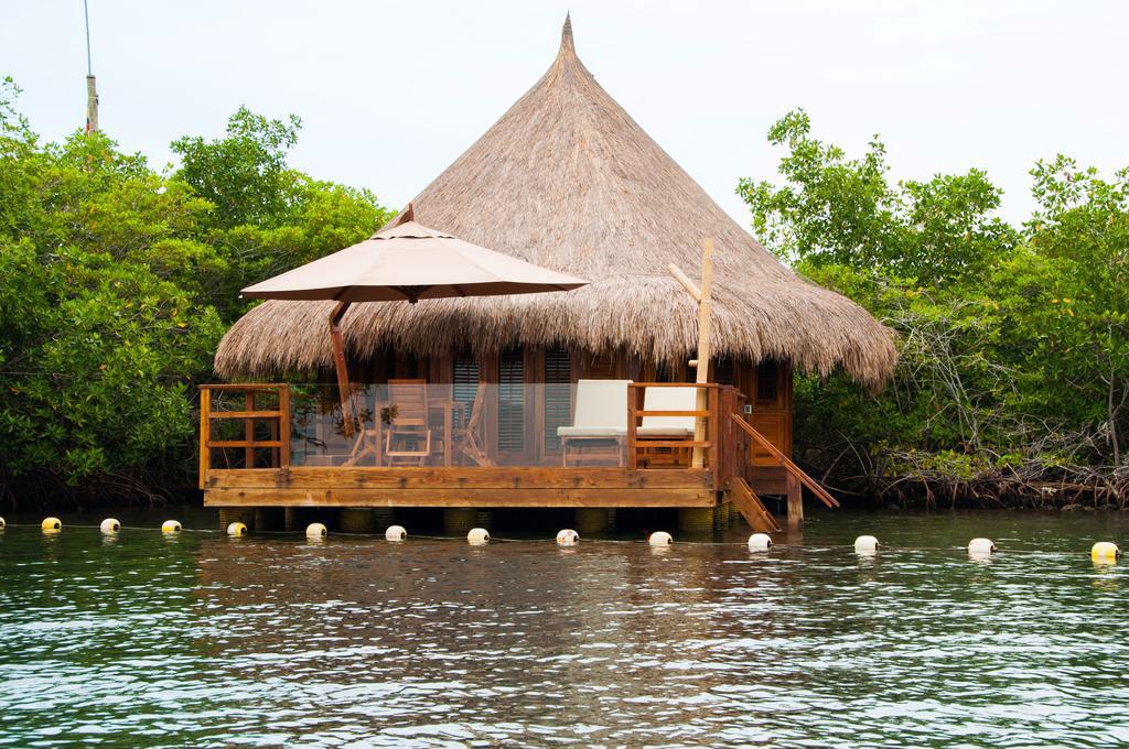 MarthaDahhling Where to Stay Cartagena Las Islas Baru.jpg