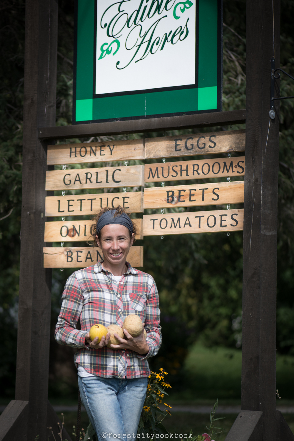 Forest City Cookbook - Edible Acres - Organic vegetables, eggs, chicken and lamb - London Ontario