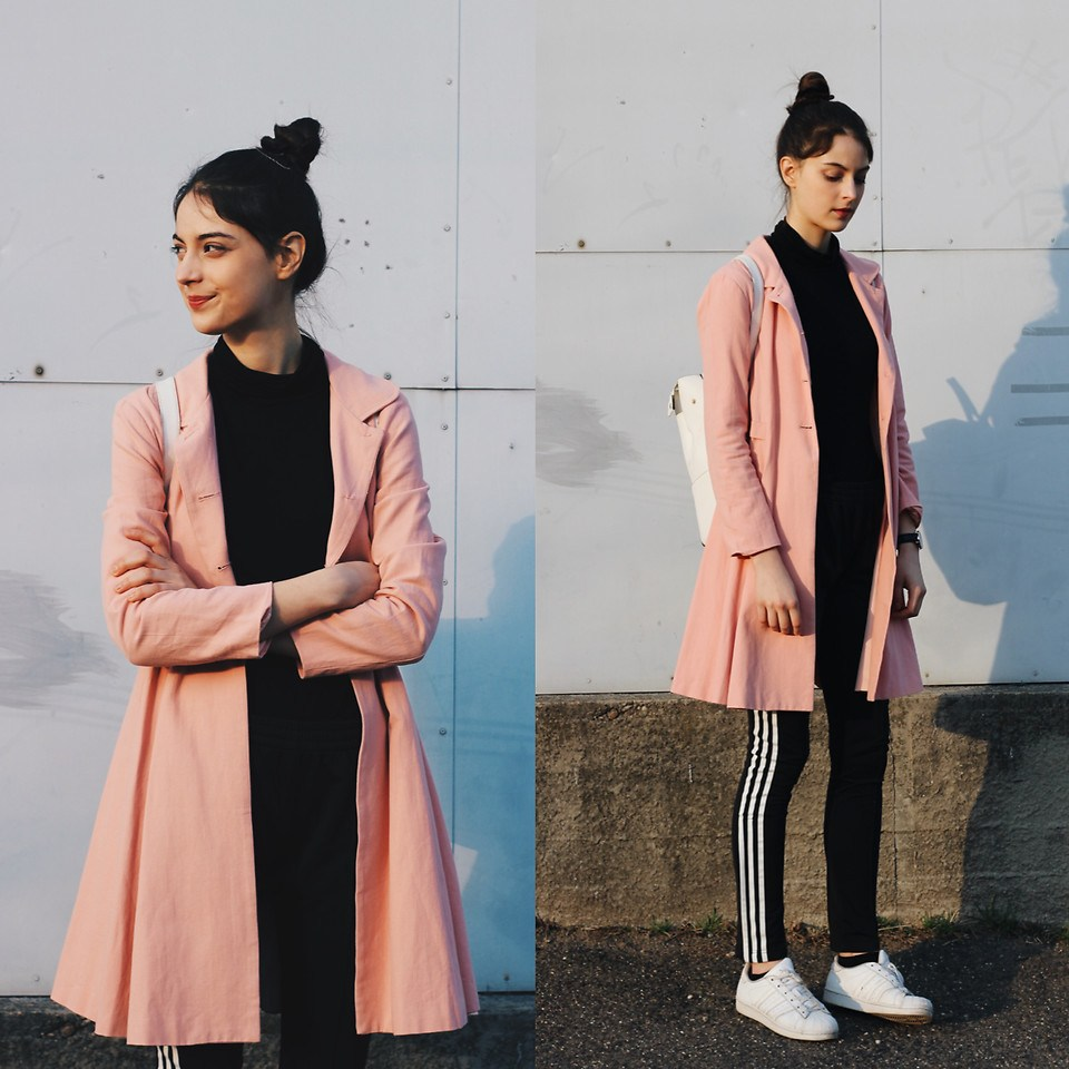 Pink vibes by Nora Aradi