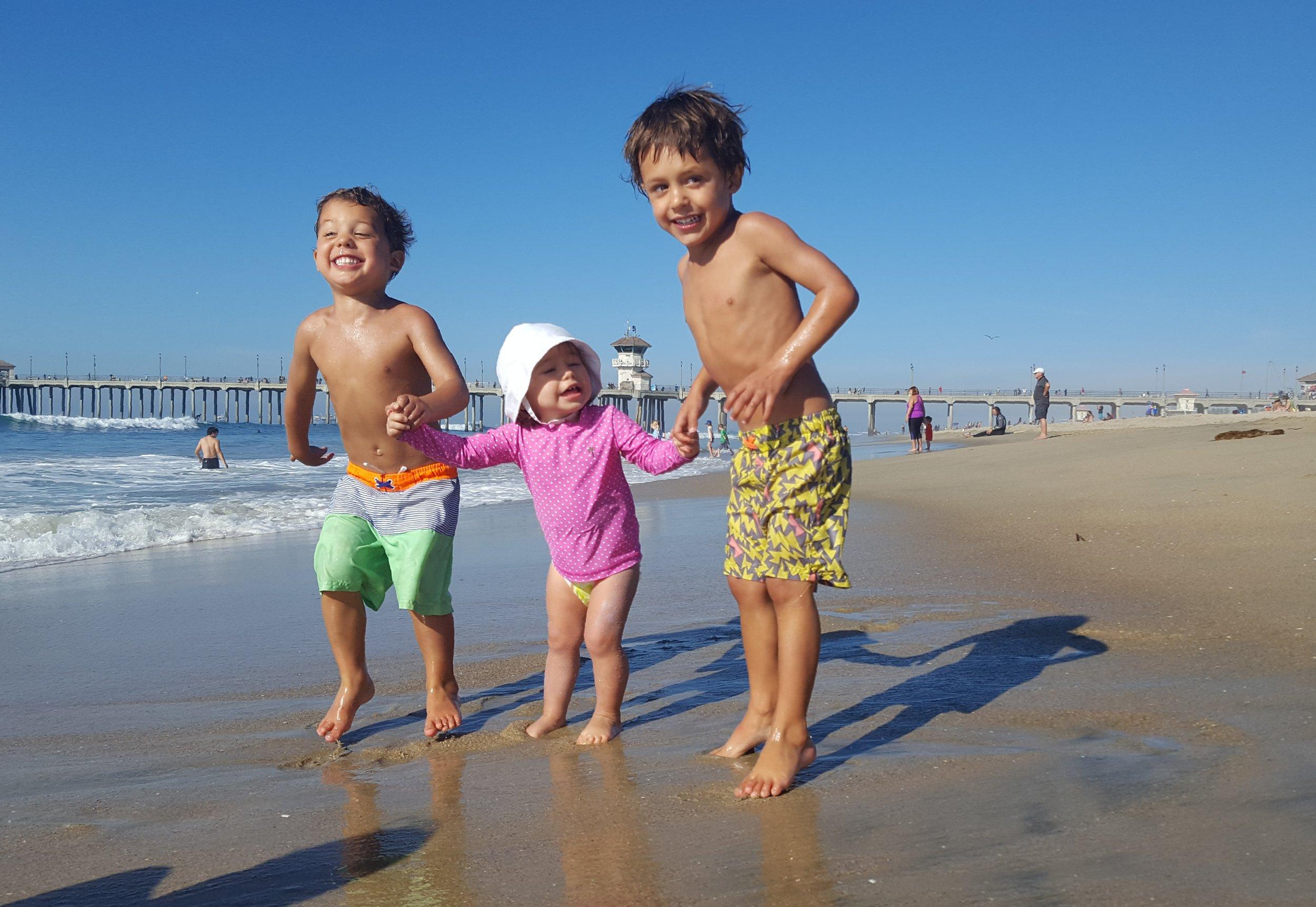 Huntington Beach (photo shoot with these cuties!)