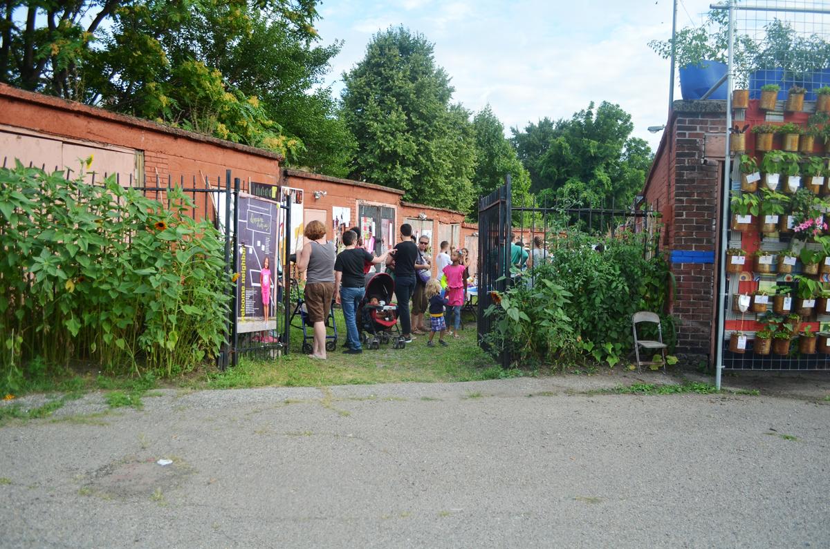 Event at Latham St. Commons, 2016. Photo: Rae Headrick.