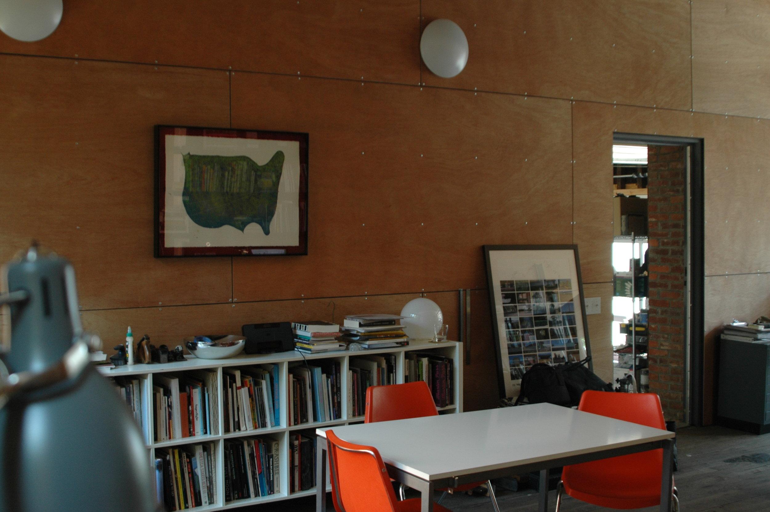 Interior, Arscott's home. Photo: KelliLaurel Mijares.