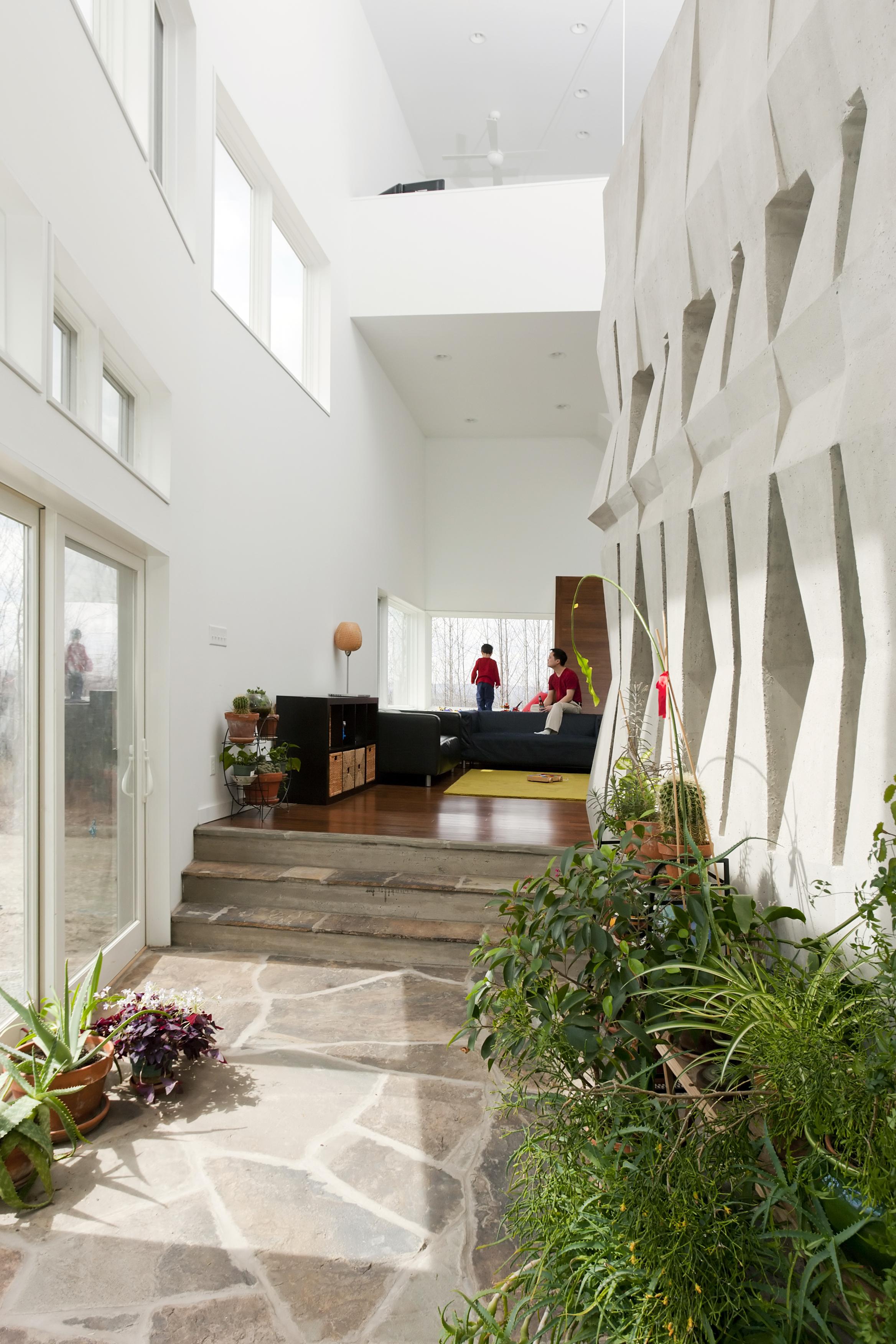 3_Hsu House Mass Wall_ITH.jpg
