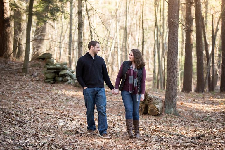 woodsy engagement photos ks15