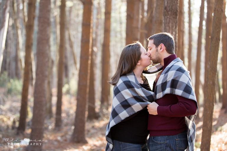 woodsy engagement photos ks24