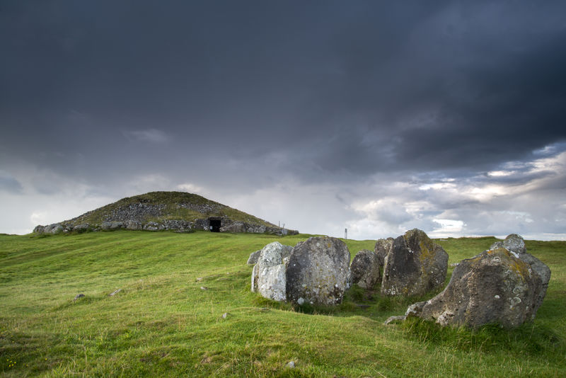 Loughcrew Cairns Loughcreew2.jpg