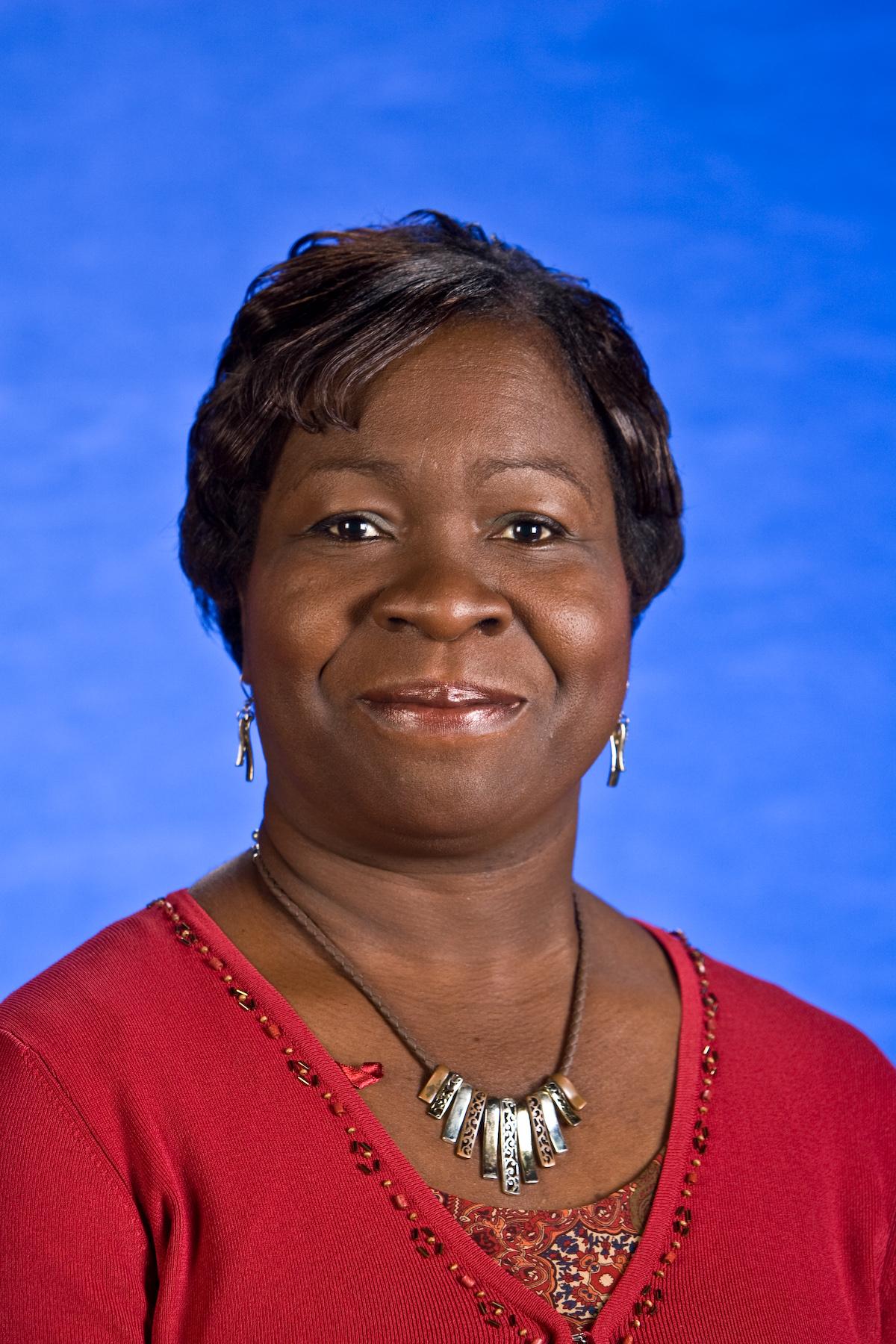 Dr-Ingrid-Adams-faculty-photo.jpg