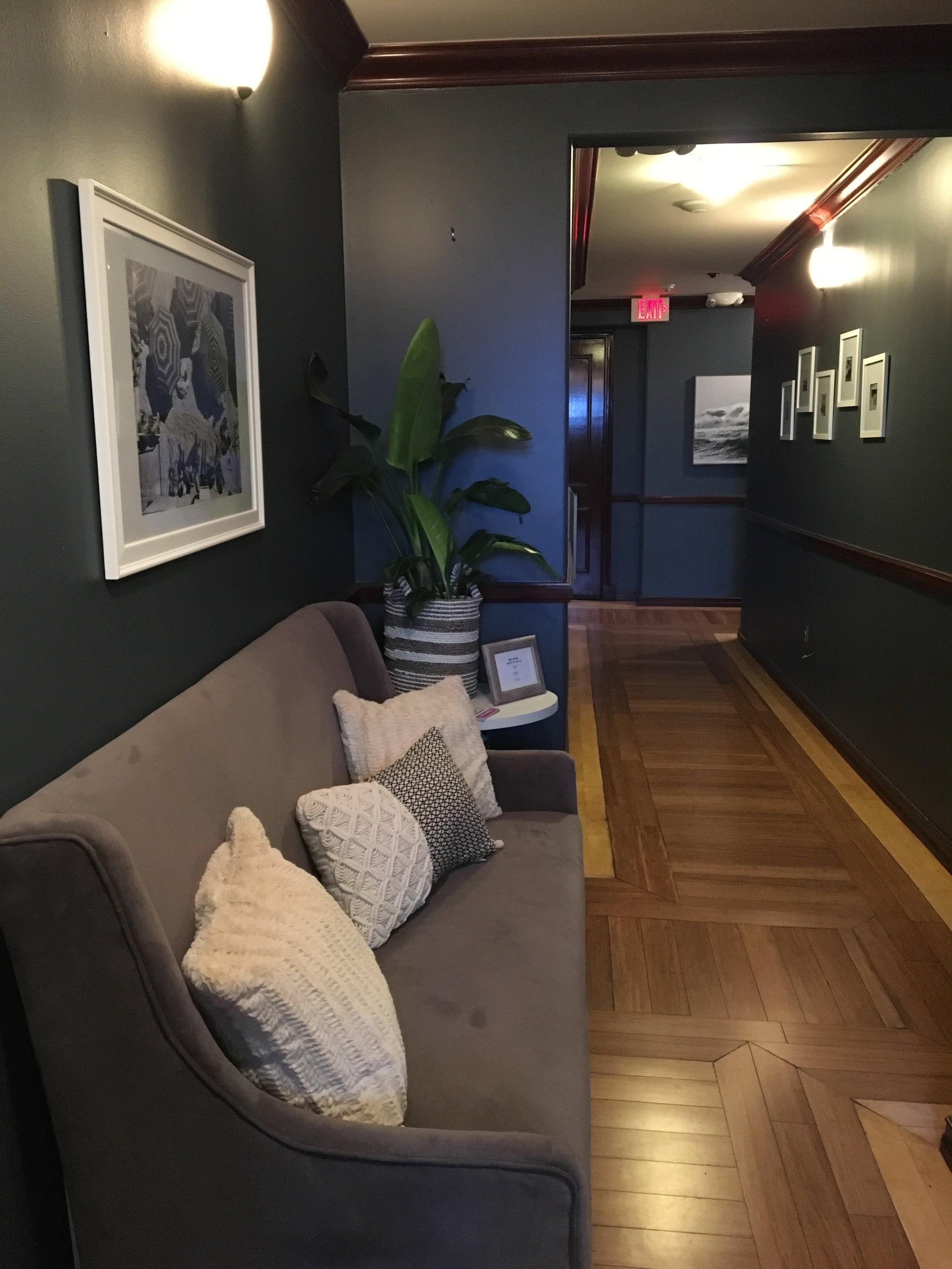 hallwayafter3.jpg