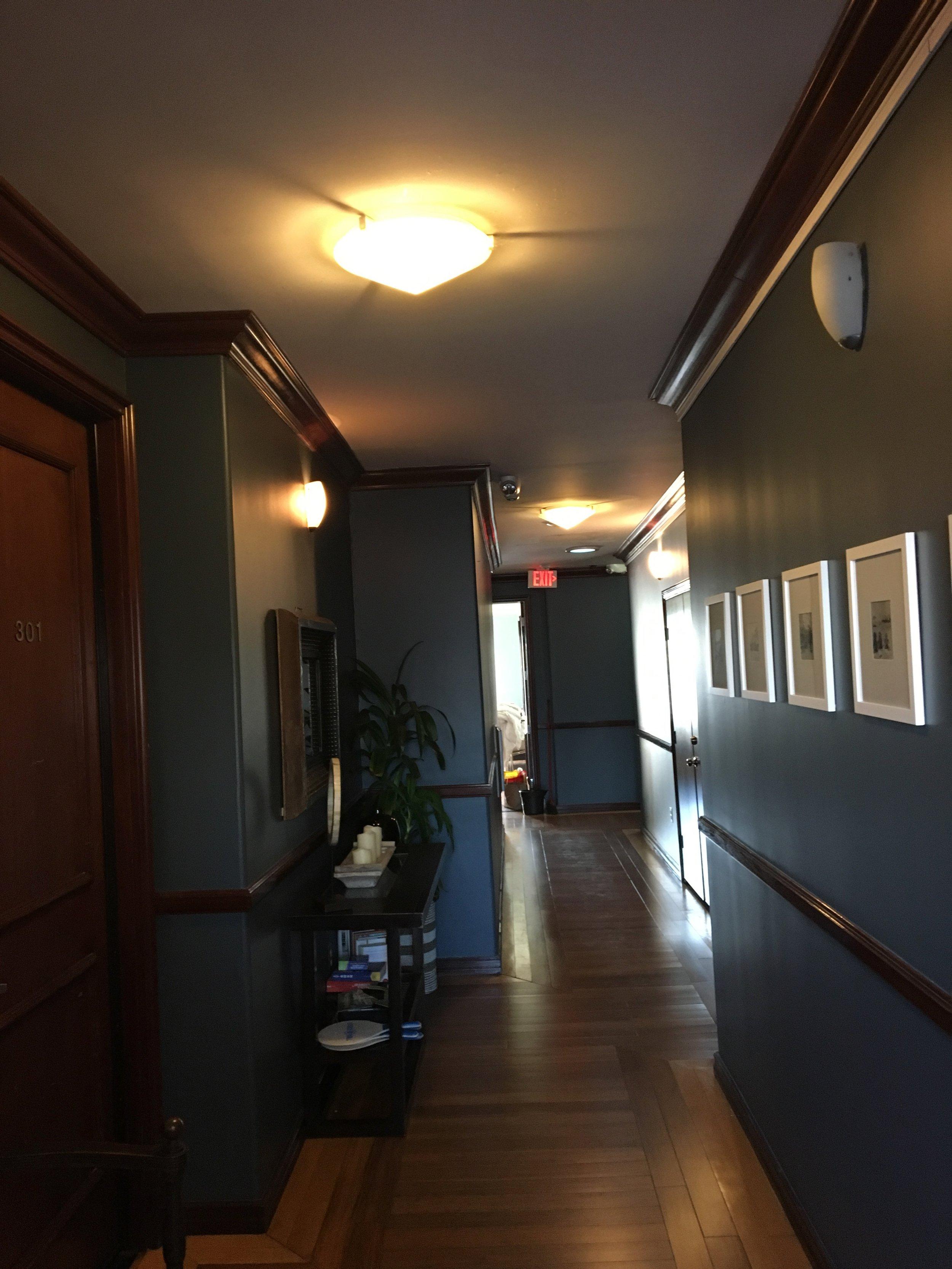 hallwayafter7.jpg