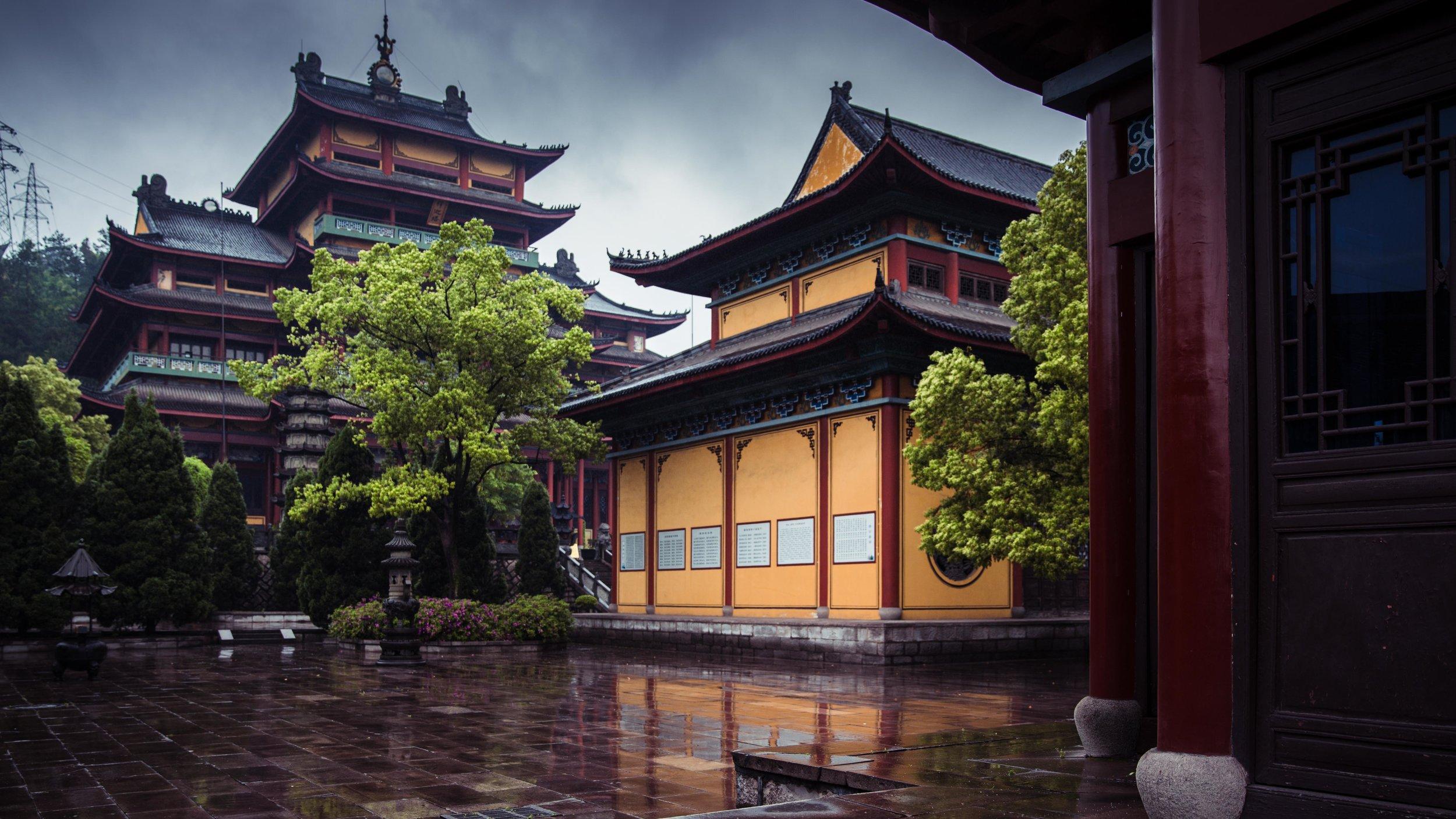 Hengdian - Dhazi Monastery-010.jpg