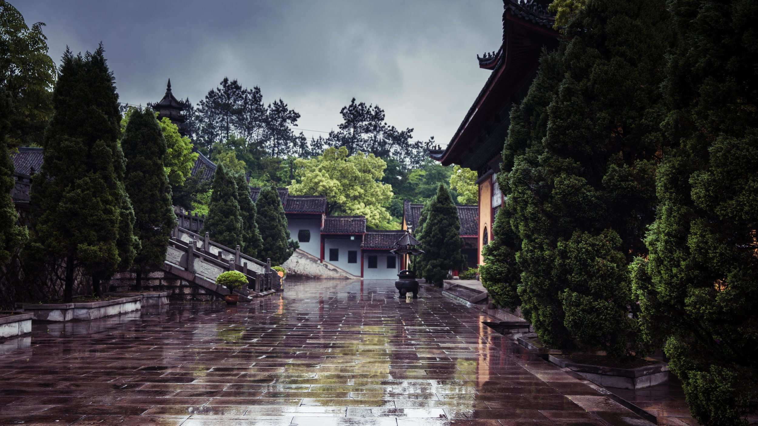 Hengdian - Dhazi Monastery-008.jpg