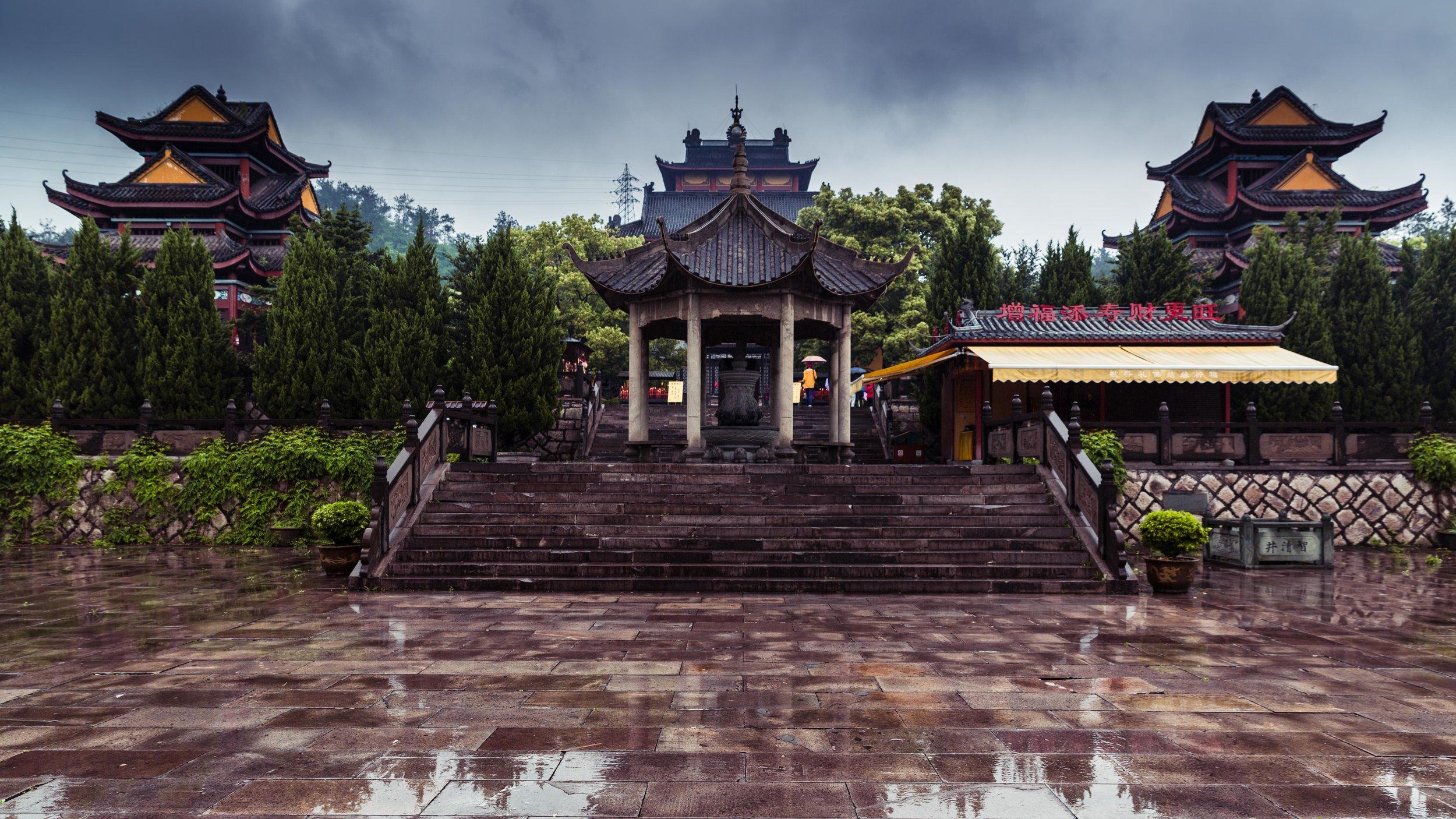 Hengdian - Dhazi Monastery-014.jpg