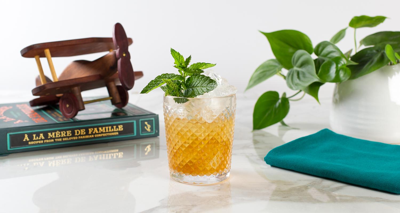 Cahoots_Cocktails-MintJulep_1-Banner.jpg