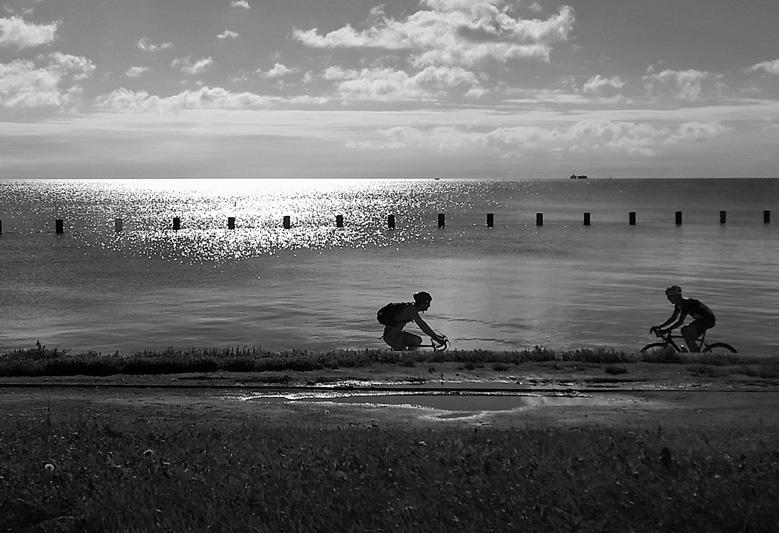 saturday_at_the_lake.jpg