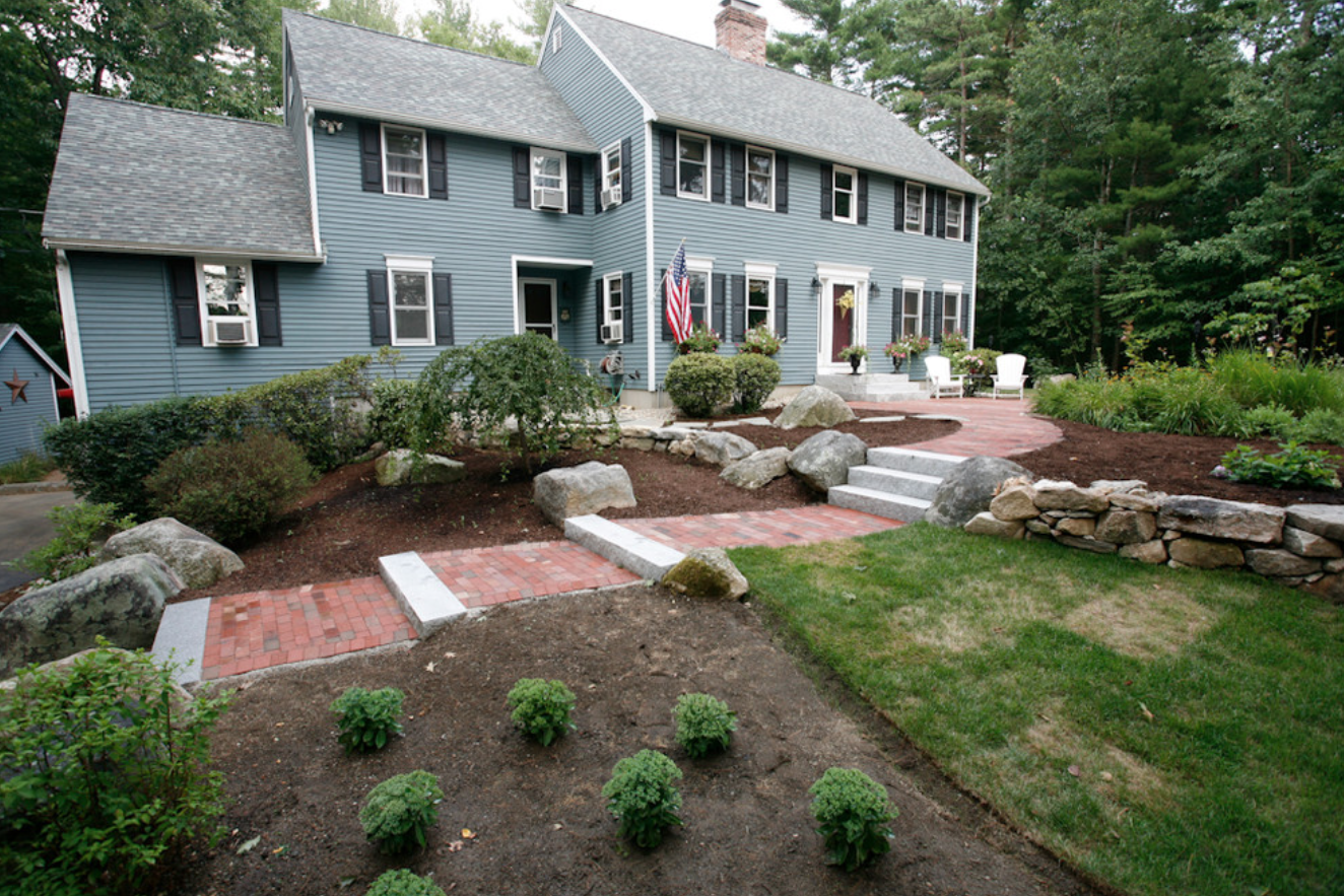 Best landscaper for paver walkway in Milford, NH