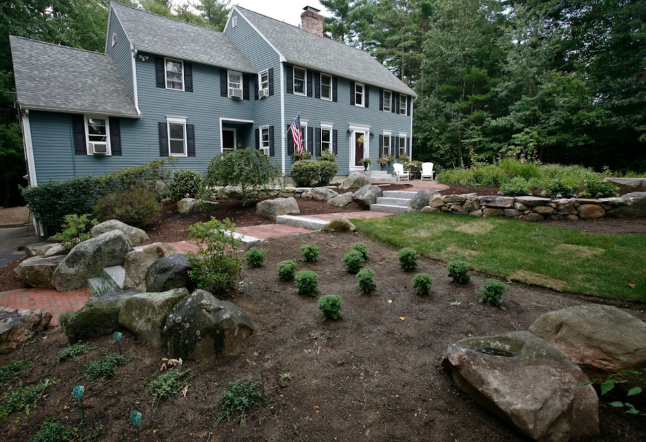 Landscaper in Milford, NH with stunning landscape design ideas