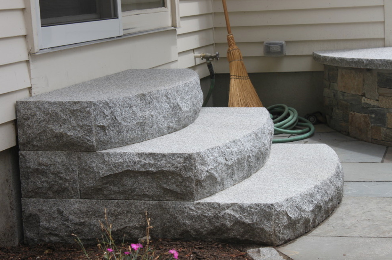 Top Outdoor Fireplace Masonry in Hollis, NH