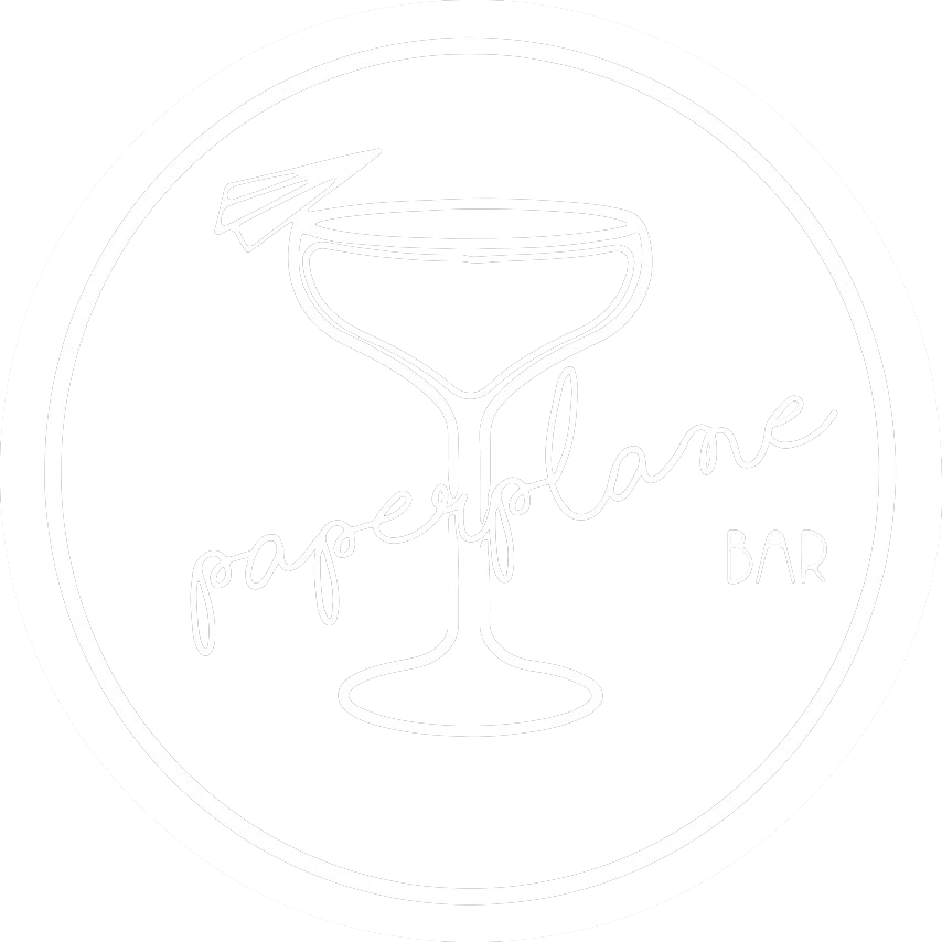 PAPERPLANE LOGO WHITE-2 copie.png