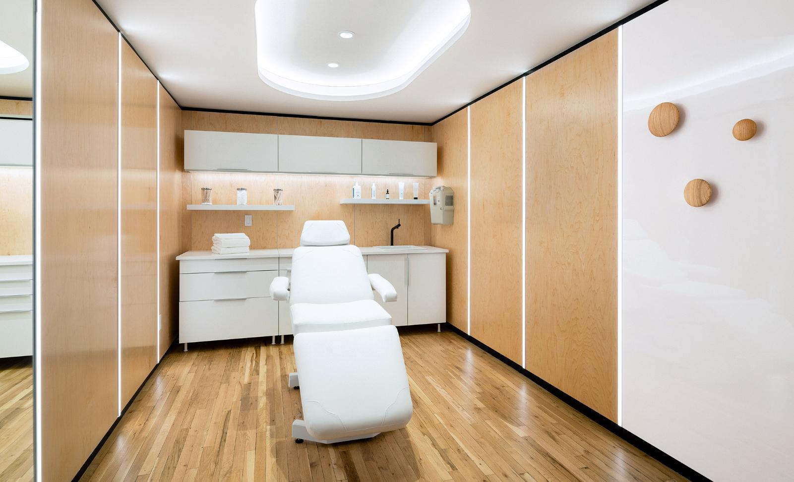 interiors_1_lrg.jpg