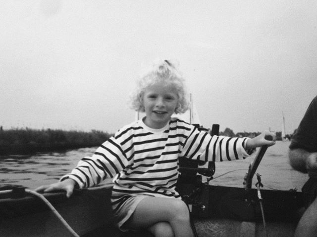 het lijkt hier alsof ik een ervaren schipper was maar viel eigenlijk altijd uit de boot