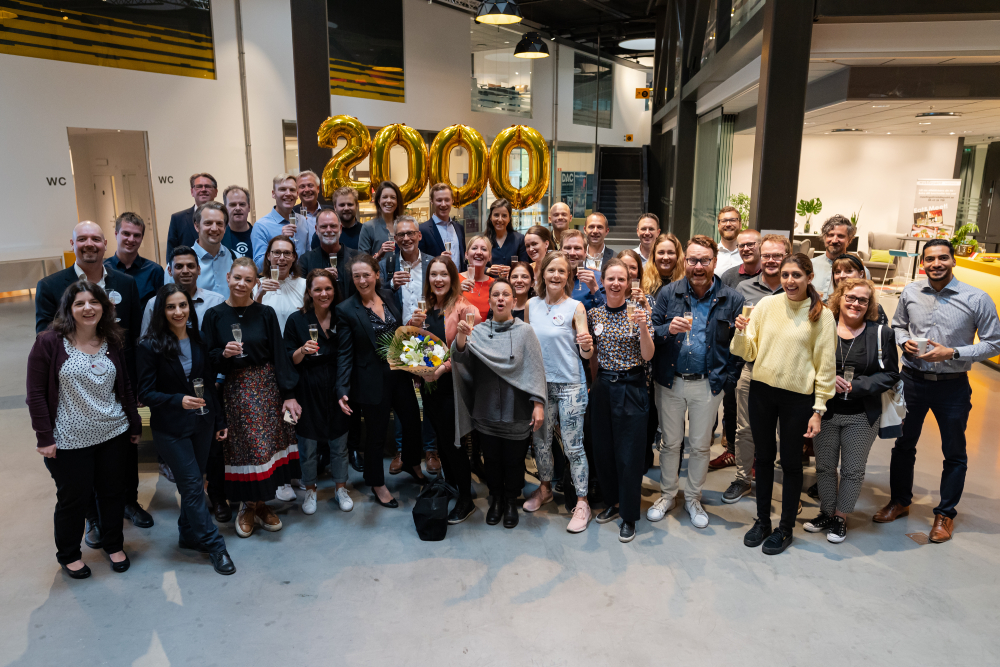 ignite-2000-meetings-group.jpg